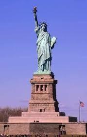 Estatua da Liberdade fechada - netviagens.blogs.sapo.pt