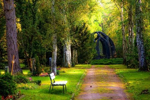 Cemetery-3345408.jpg