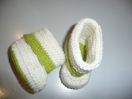 Botinhas branco e verde.JPG