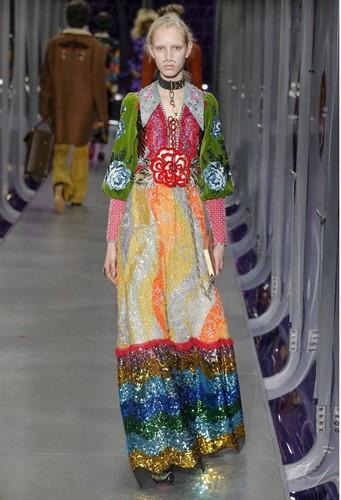 Gucci-desfile-FW17-41.jpg