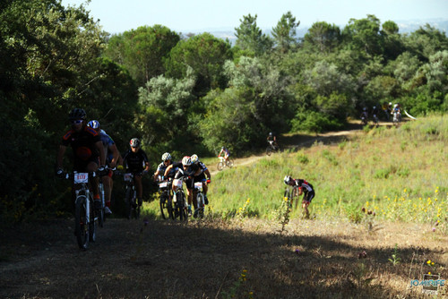 BTT Coimbra XCM 2012 Montemor (086) A subir o vale