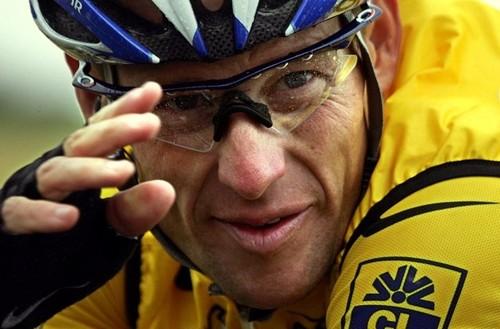 Armstrong, um campeão em queda...