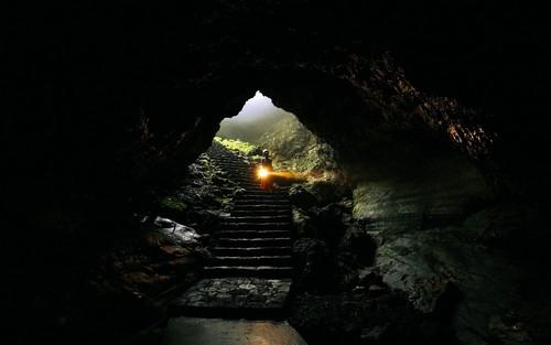 MM-gruta da Madalena, Açores.jpg