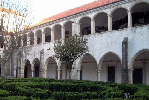 Claustro_do_Convento_das_Maltesas_Estremoz_(3).jpg
