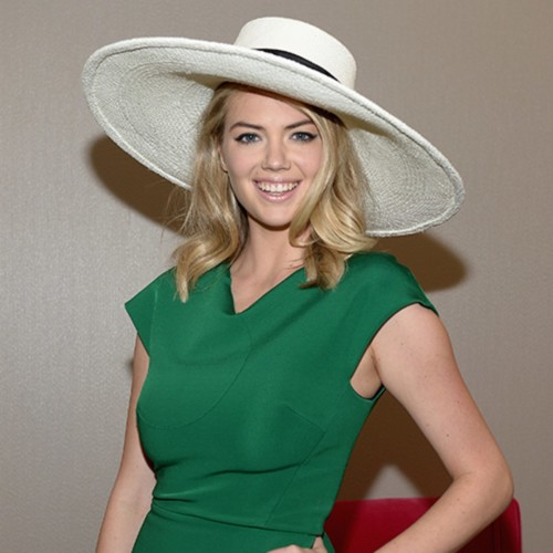 blogs-aisle-say-kate-upton-engagement-ring-photo[2