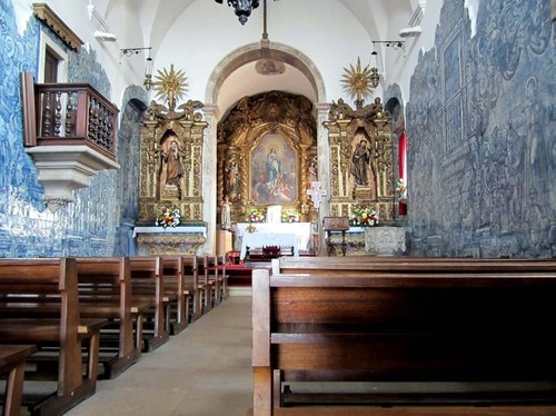 Igreja de Santo António dos Olivais. Interior.jpg