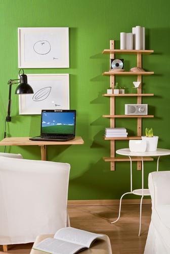Um home office na sala de estar verde decora o e ideias for Sala de estar funcional