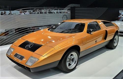 800px-Mercedes-Benz_C111_1969_frontleft_2010-04-08