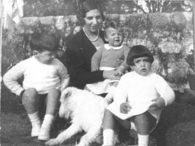 FGA-Mãe e filhos.png