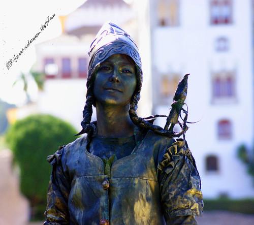 EstatuasVivasb01102016.blogjpg.jpg