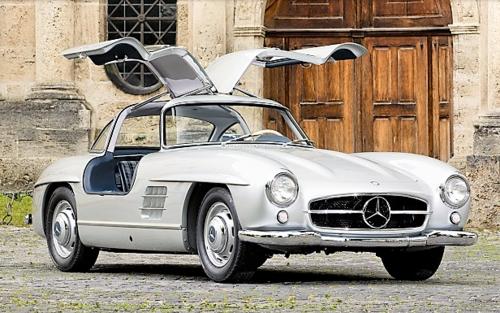 1954-Mercedes-Benz-300-SL-Gullwing.png