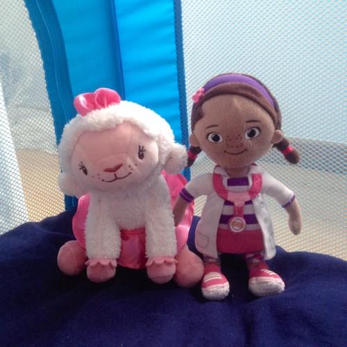Dra Brinquedos e Lãzinha