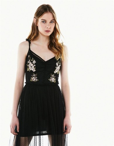 Bershka-embroidery-2.jpeg