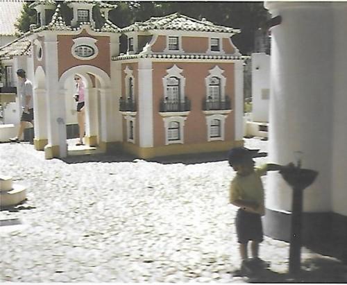 Portugal dos Pequenitos.jpg