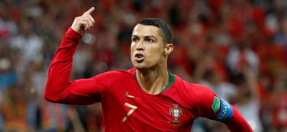 cristiano-ronaldo-comemora-gol-de-portugal-contra-