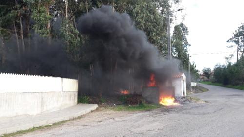 Valongo incendio caixotes lixo (2).jpg