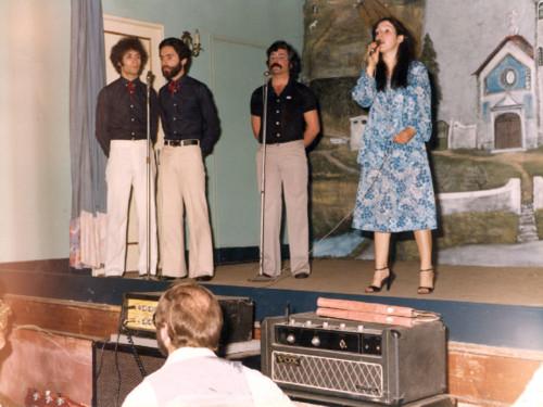 Valongo teatro arquivo anos 80 (3).jpg