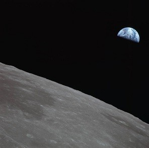 apollo_11_final_earthrise_photos_seq_2_jul_21_1969