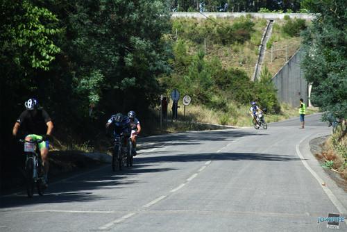 BTT XCM 2012 Montemor (154) Entrada na estrada