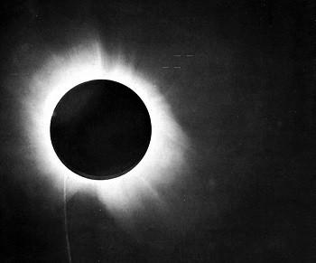 1919_eclipse_positive.jpg