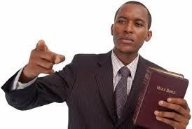 Pastor pregando.jpg