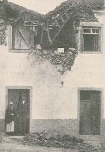 Casa atingida bombardeamento P. Delgada_julho 1917