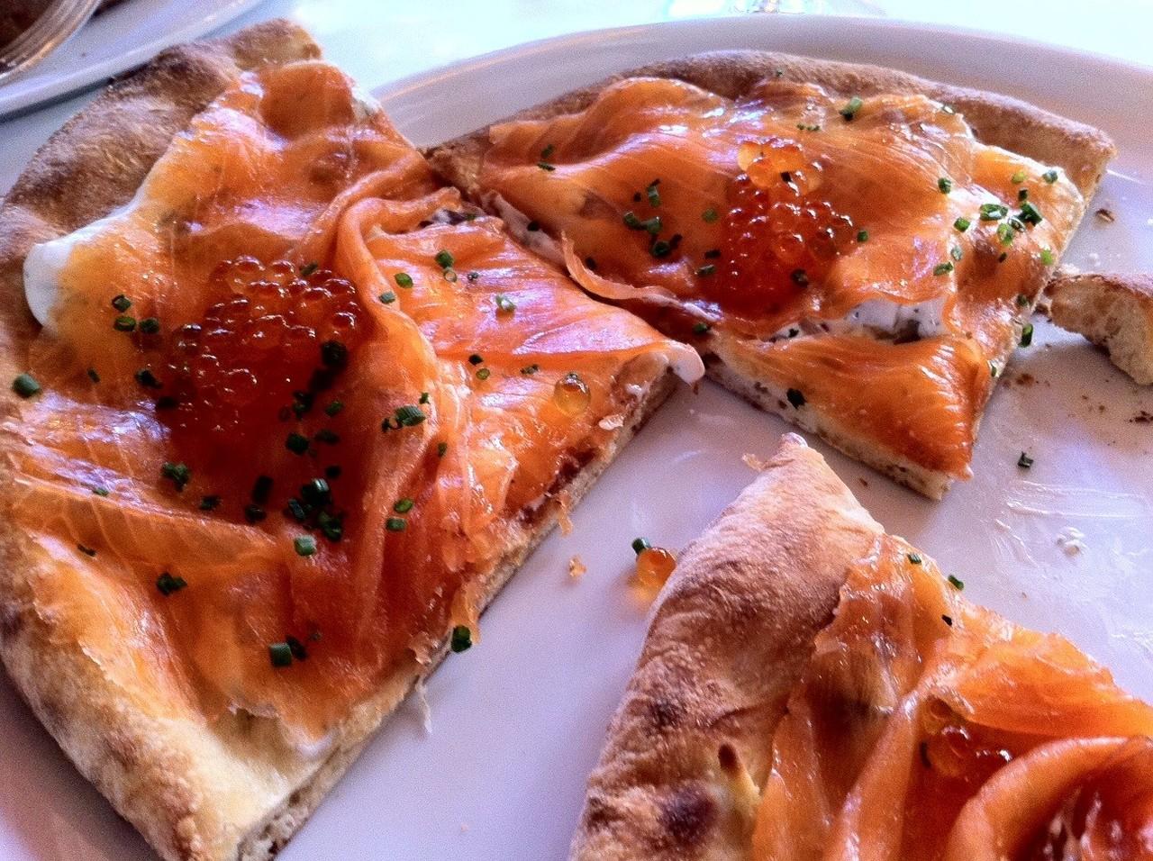 spago-smoked-salmon-pizza.jpg