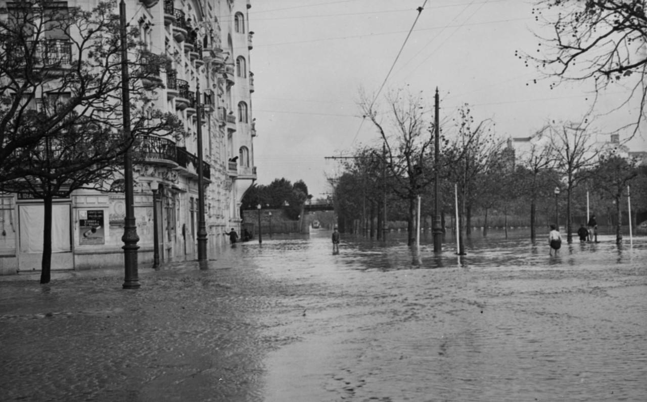 Inundações, Av. da República.jpg