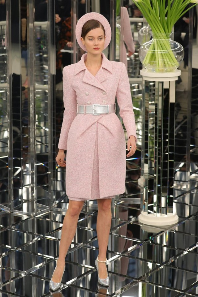 Chanel-Haute-Couture-Runway-Show-Pictures-Spring-2