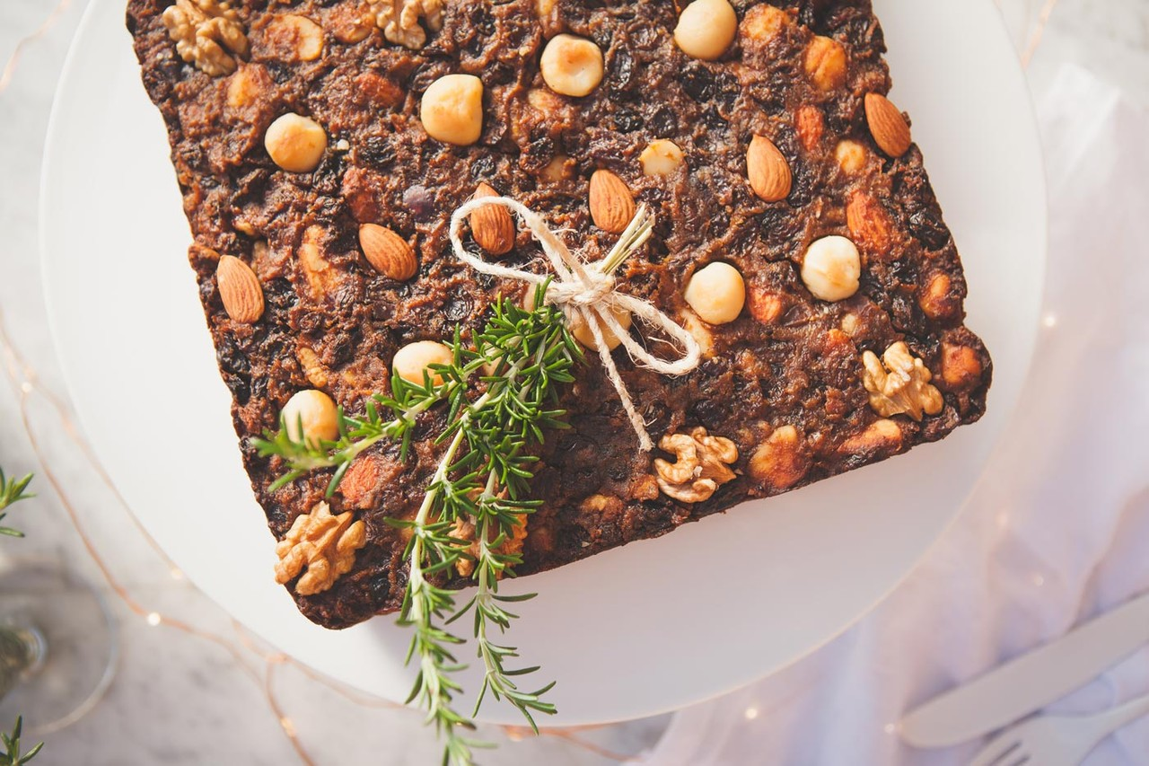 Healthy-Gluten-Free-Christmas-Fruit-Cake-Vegan-2-1