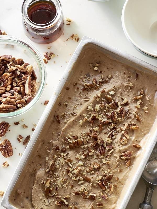 Vegan_Maple_Pecan_Ice_Cream_600_800_70auto_s_c1_ce