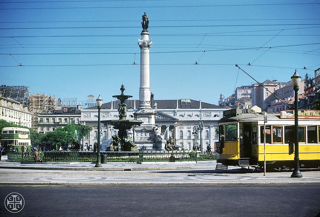 Rossio de Lisboa (© Portimagem, c. 1960)