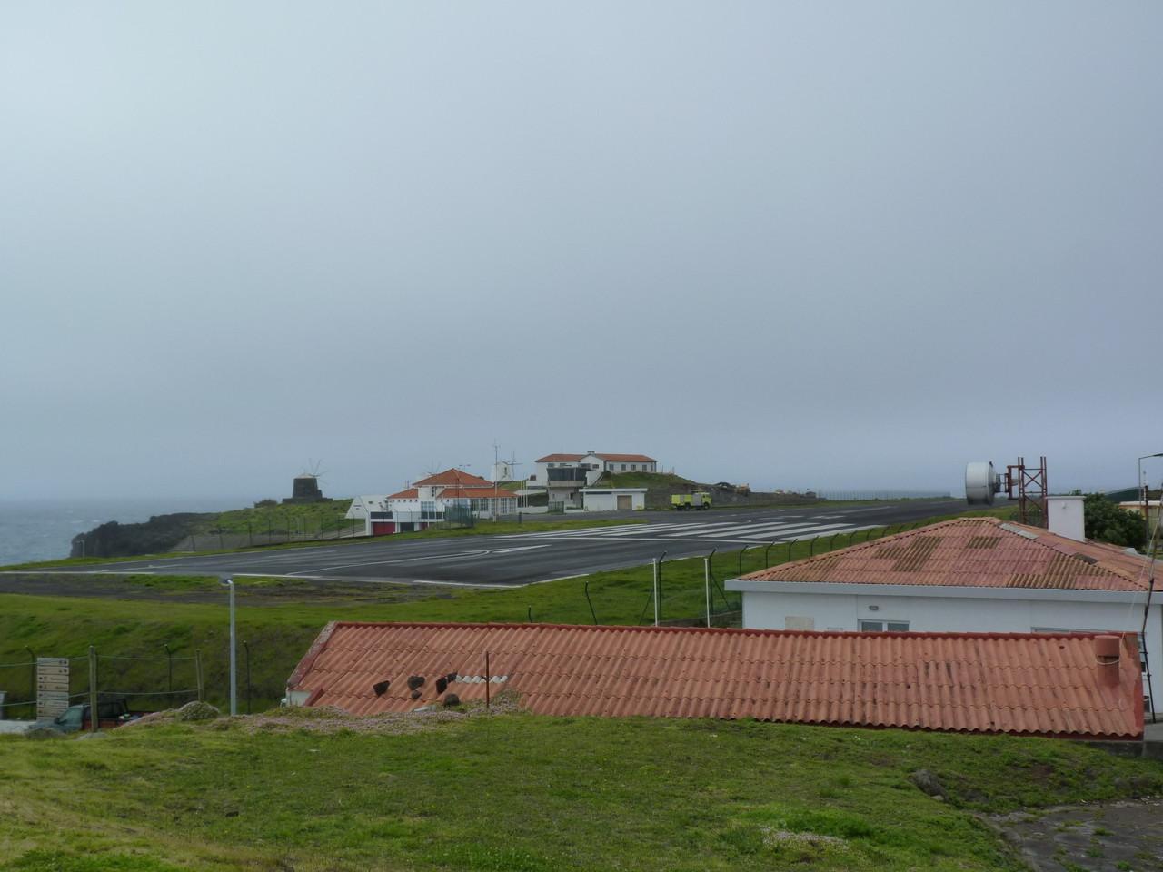 Aeródromo Corvo.JPG