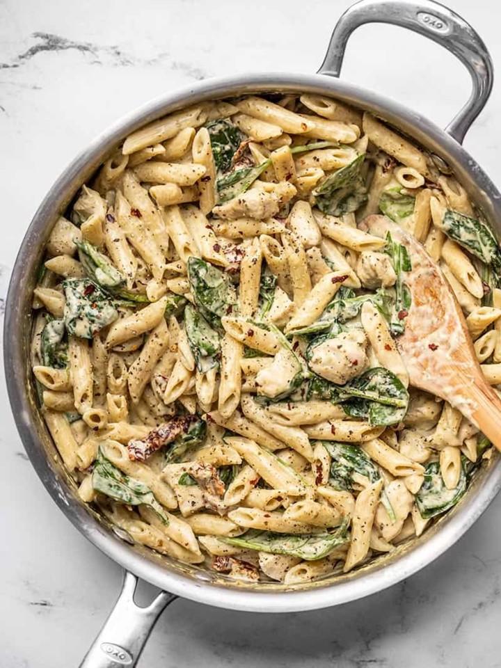 Creamy-Pesto-Chicken-Pasta-skillet-V2.jpg