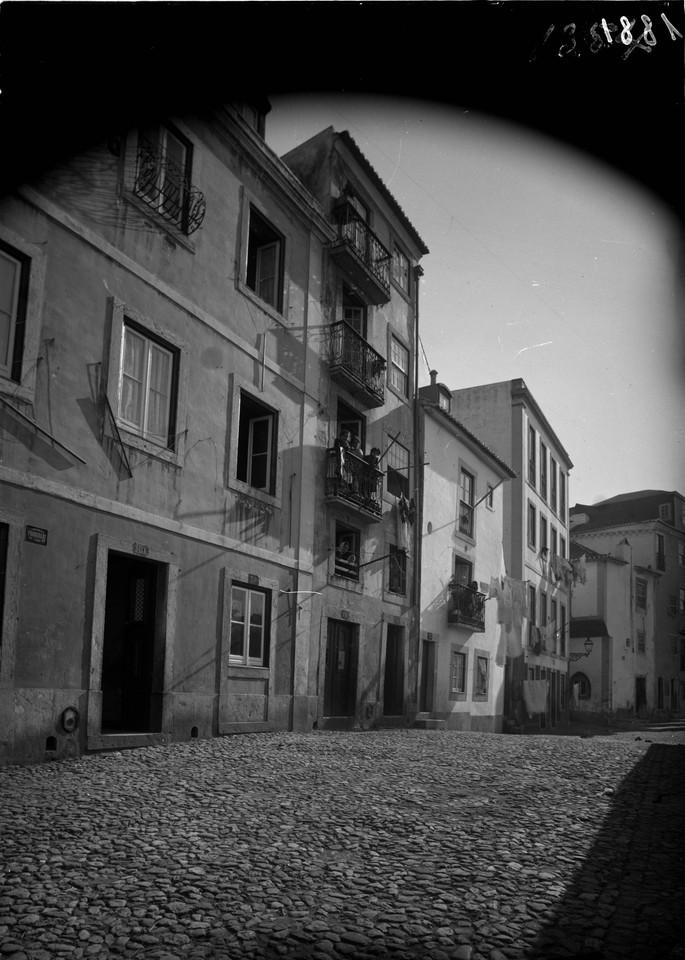 Rua da Achada, 1902, foto de Machado & Souza.jpg