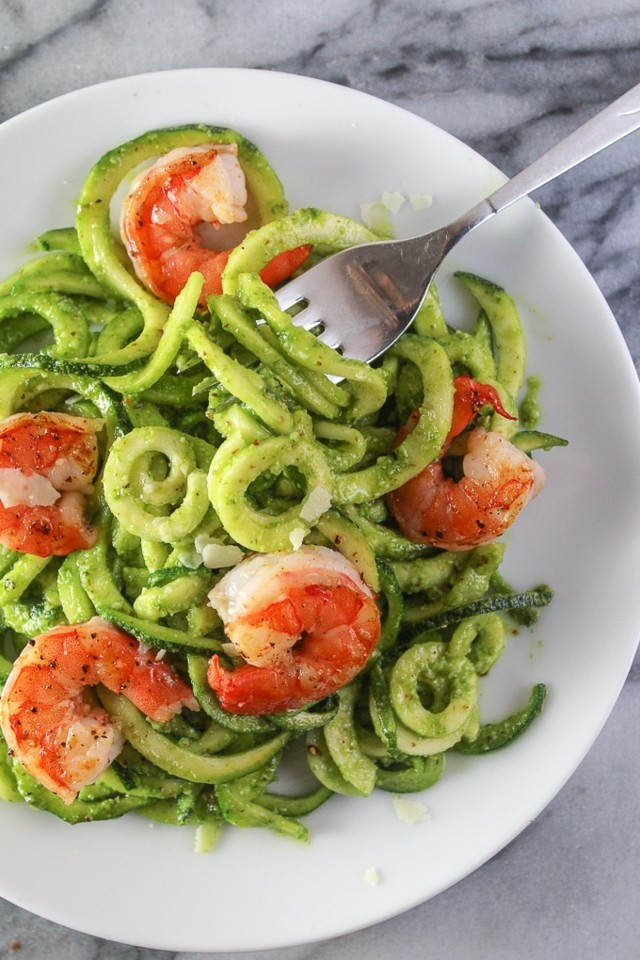 Lemony-Chive-Pesto-Zoodles-with-Prawns-6.jpg