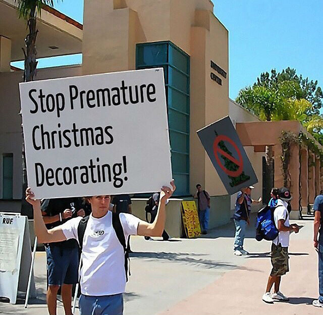 stop-premature-christmas-decorating.jpg