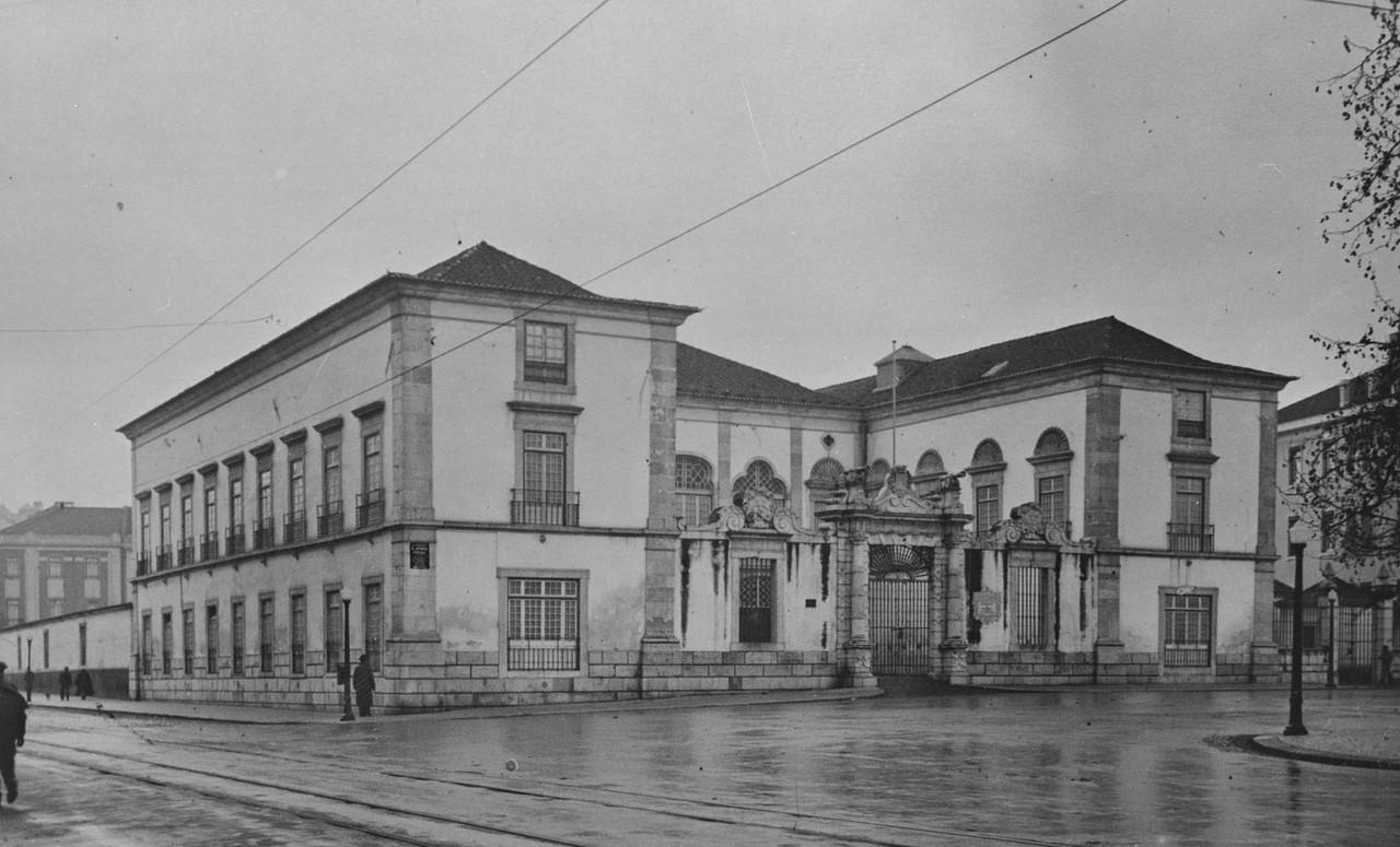 Palácio Galveias, Lisboa (A. Salgado, 1945)