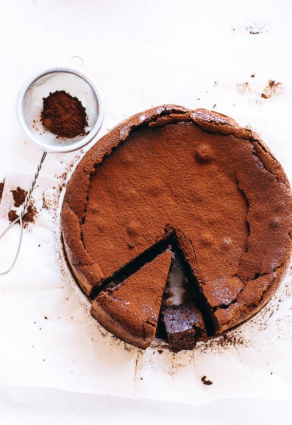 ChocolateAlmondCake-2.jpg
