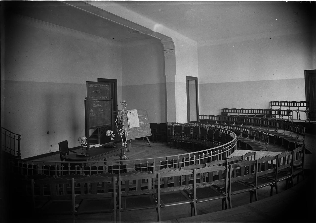 Escola Médica, sala de aula, sd, foto de Alberto