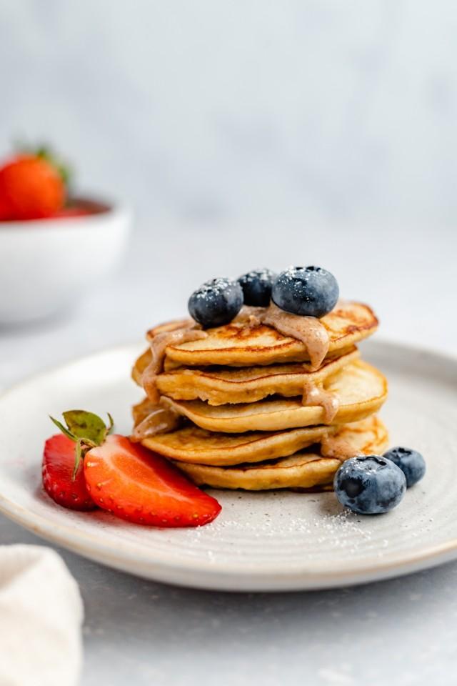 Sidneys-Banana-Pancakes-9.jpg