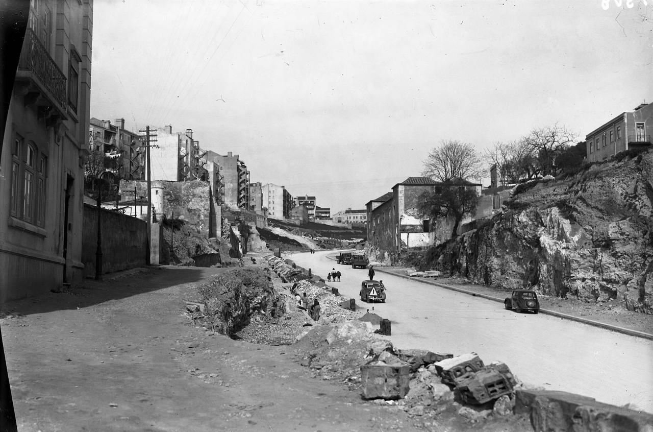 Avenida Infante Santo em construção, 1950, foto