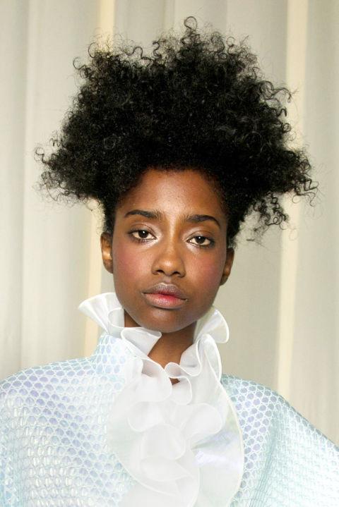 Tendências primavera/verão 2017: penteados