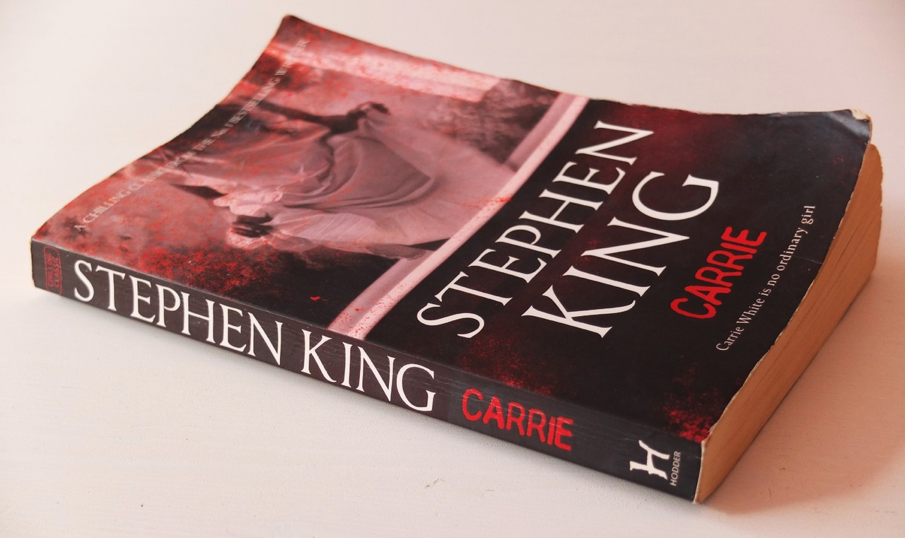 Carrie de Stephen King.JPG