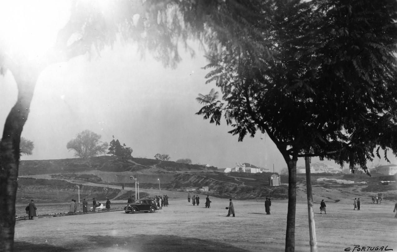 Parque Eduardo VII, entrada e lago, ant. 1044, fot