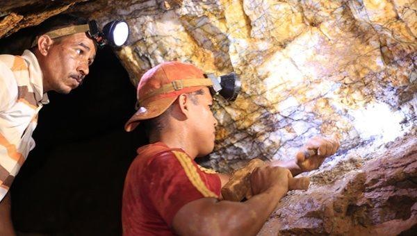 mina de ouro na Venezuela.jpg