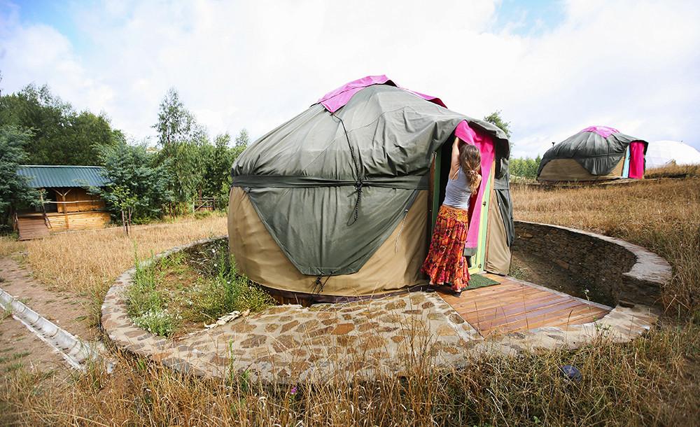 glamping-tendas-yurt.jpg