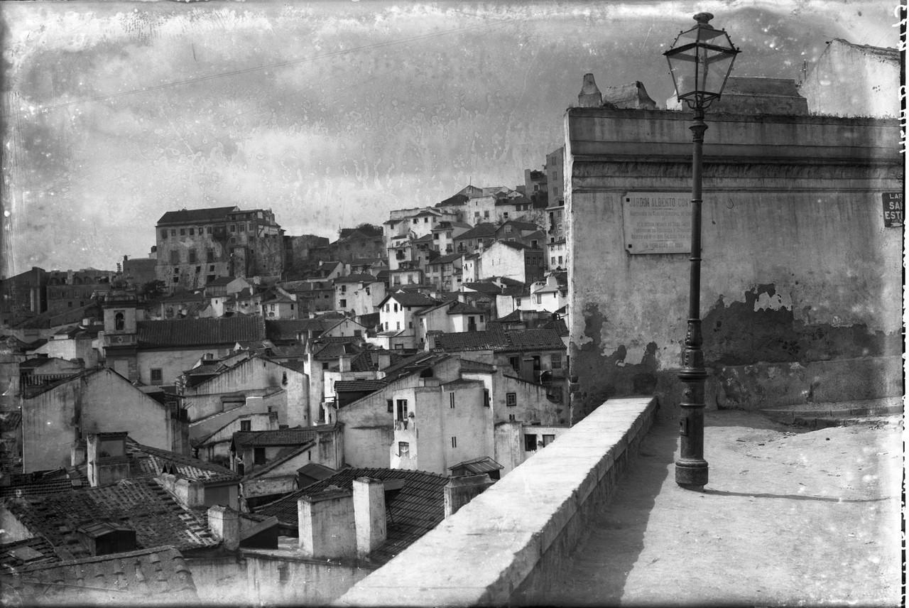 Adro da Igreja de Santo Estêvão,1939.jpg