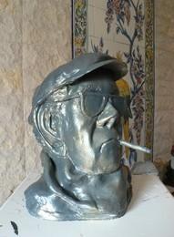 Busto de Alfredo Marceneiro por Dr. Francisco Faria Pais