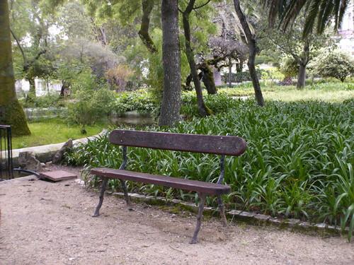 banco de jardim lisboa:para momentos de calma e até quem sabe de romance